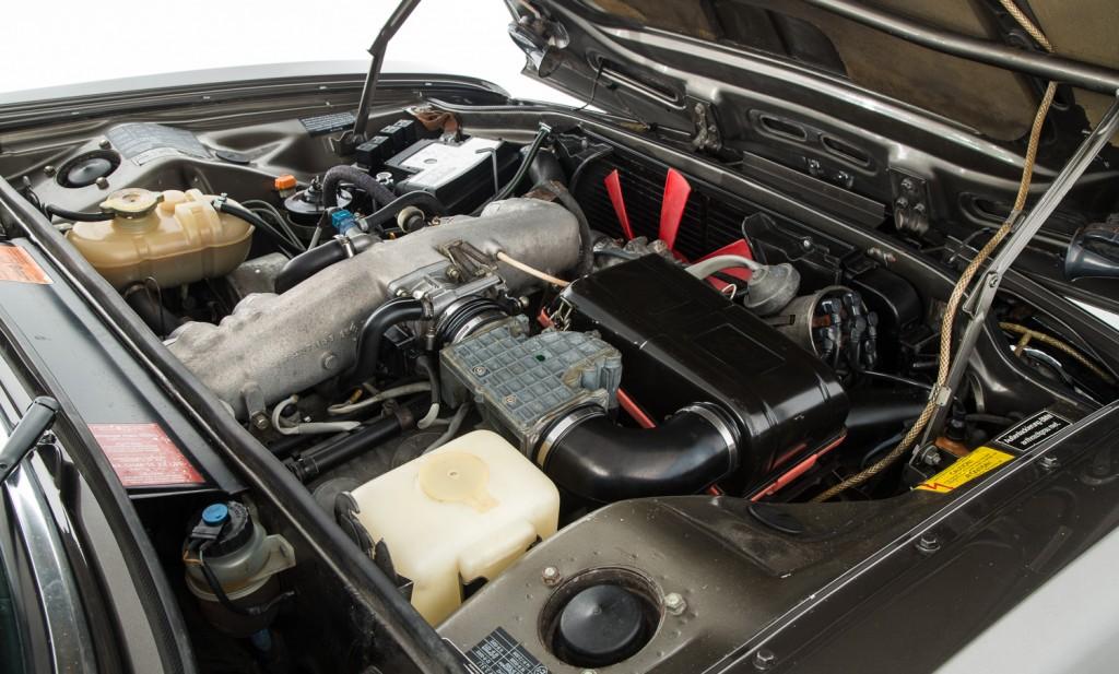 BMW E3 3.3LiA For Sale - Engine and Transmission 2