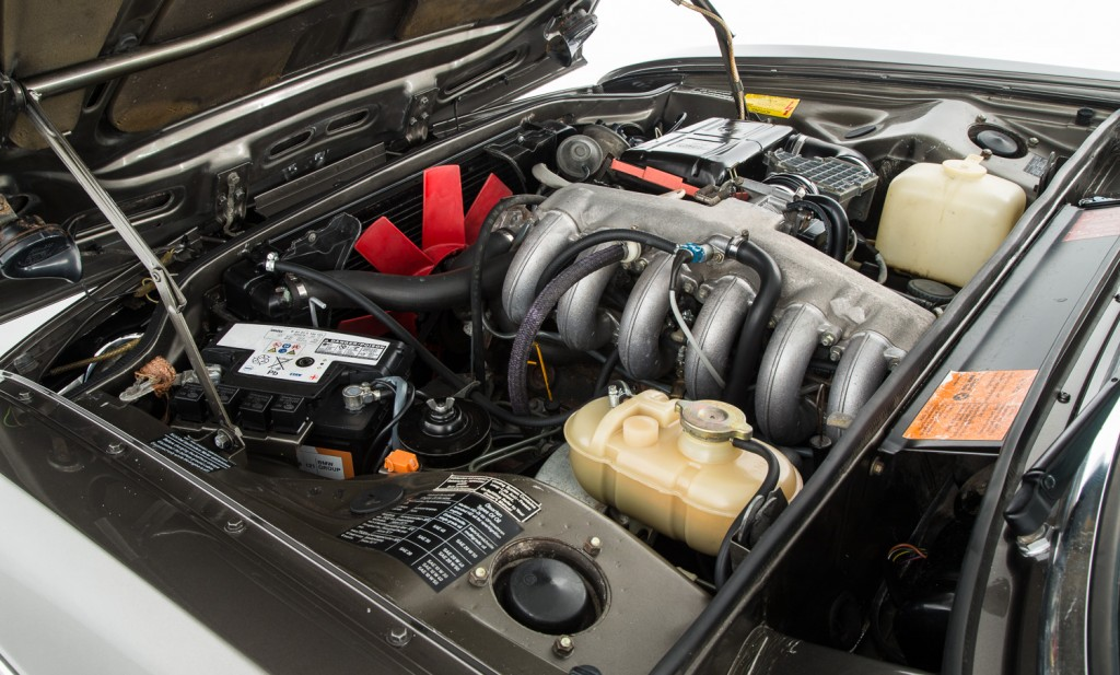 BMW E3 3.3LiA For Sale - Engine and Transmission 1