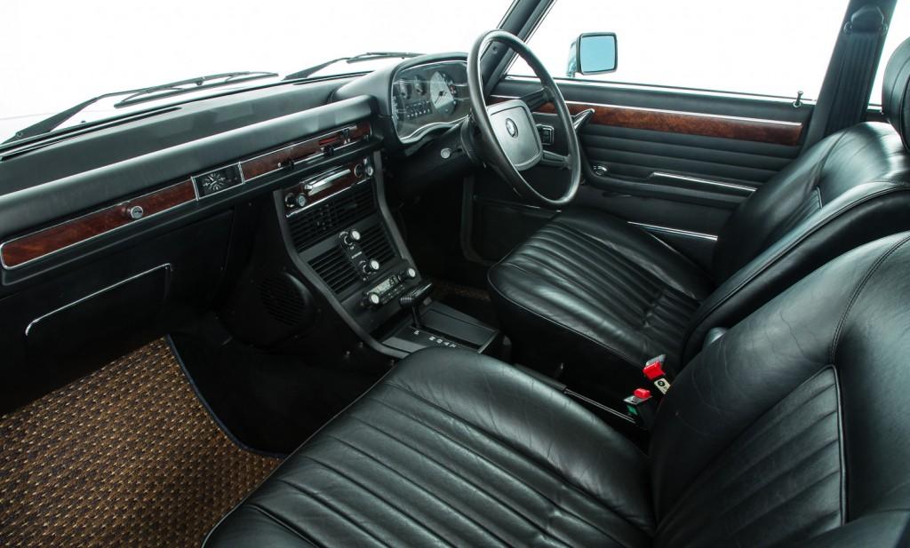 BMW E3 3.3LiA For Sale - Interior 2