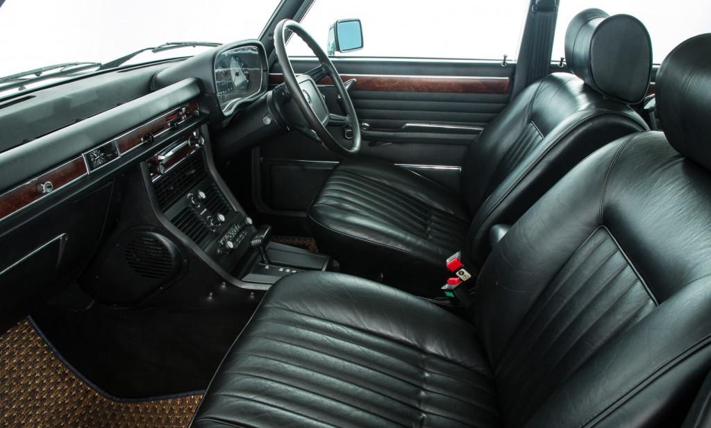 BMW E3 3.3LiA For Sale - Interior 1