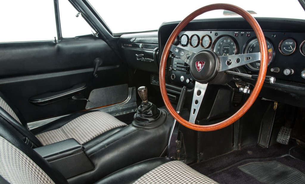 Mazda Cosmo 110 S For Sale - Interior 4
