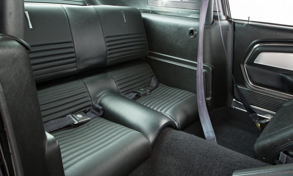 Shelby Mustang GT500 For Sale - Interior 6