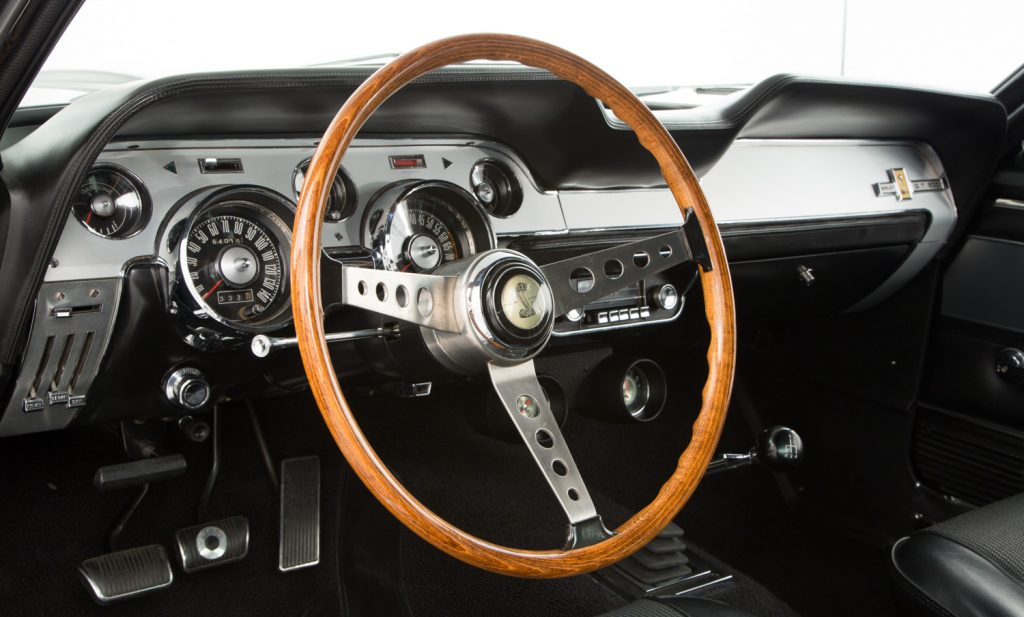 Shelby Mustang GT500 For Sale - Interior 3