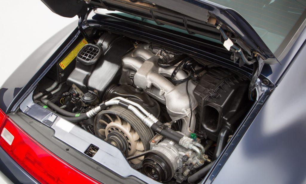 Porsche 993 Carrera 4 For Sale - Engine and Transmission 4
