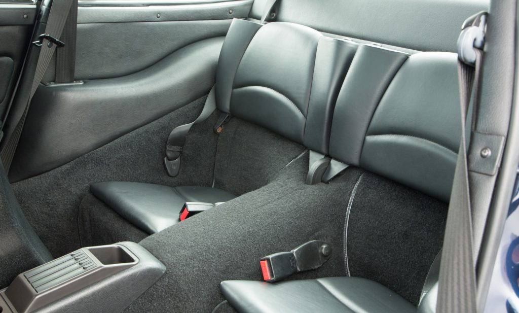 Porsche 993 Carrera 4 For Sale - Interior 6